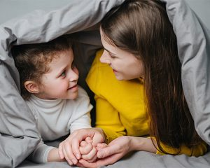 la consecuencia debe ir dirigida a la conducta no al niño